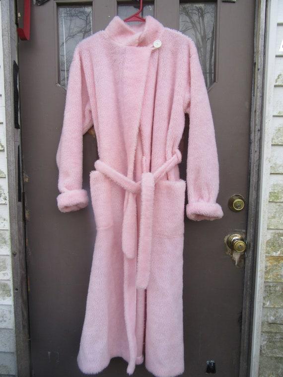 Vintage  rare Jennifer Dale Pink Fuzzy Robe  size