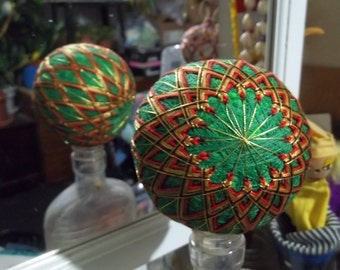 """Japanese-style temari ball S16 div green w red and gold 10"""" circumference"""