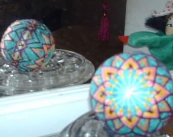 "temari ball blue-green base w starflower and obi 6"" circumference (#037)"