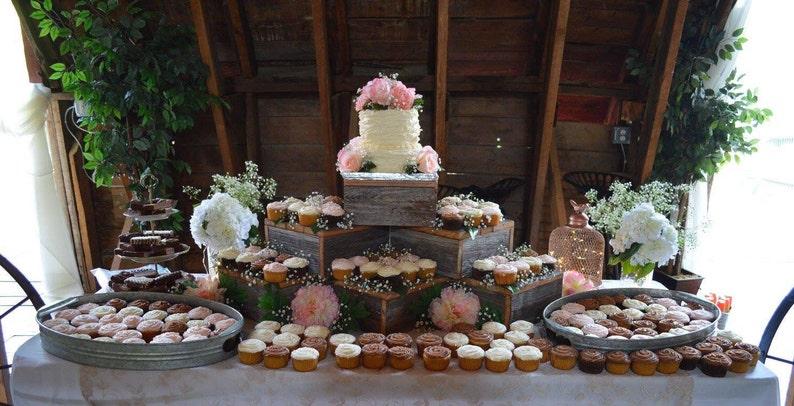 Rustic Wedding Decorations.Rustic Cake Stand 10in 21in Rustic Wedding Cake Stand Wood Cupcake Stand Rustic Wedding Wedding Decorations Rustic Cupcake Stand