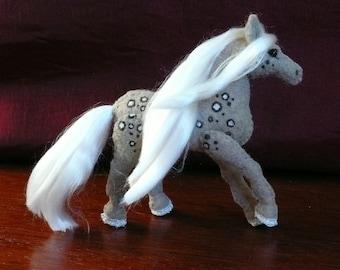 Mini horse series - Whinnie