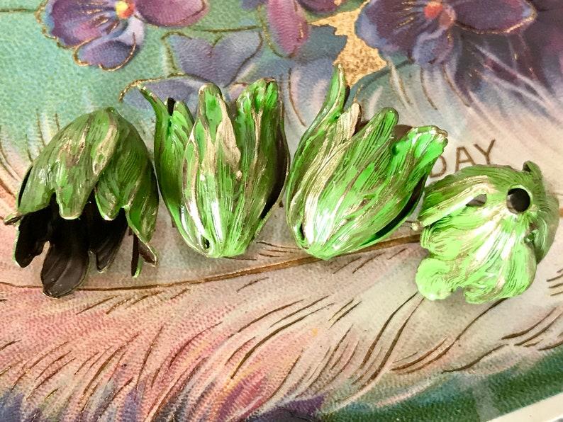 Bead Caps Vintaj Leaf Petal Artsy Blossom Large 22mm Antiqued OX Etched #1412