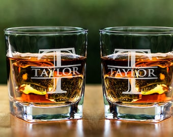 Whiskey Sets Bourbon Decanter Set Gifts for Men Fathers Day Birthday Scotch Glasses Drinkware College Graduation Gift Engraved Monogram