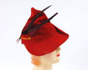 Late 1930s Red Suede Hat - Robin Hood Hat - Feathered Early 1940s Suede Hat