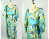 70s Floral Maxi Hippie Dress XS Small 32 Bust Green Blue White Floral Pattern Poets Cuffed Festival Gunne Sax Style