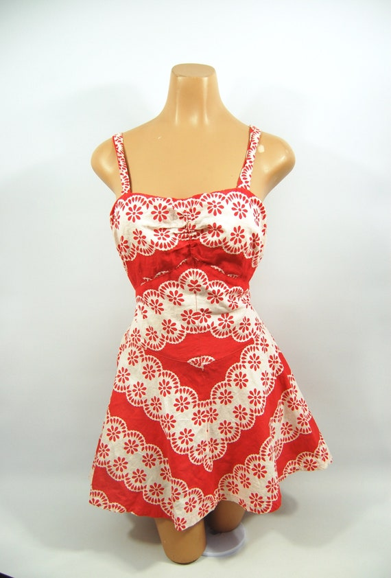 40s Red White Patterned Cotton Playsuit / / 40s B… - image 4