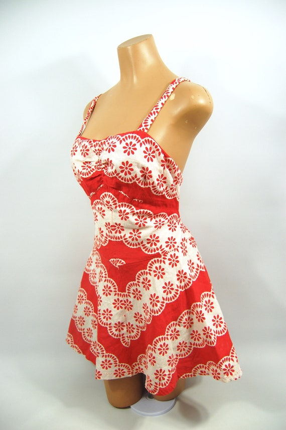 40s Red White Patterned Cotton Playsuit / / 40s B… - image 5