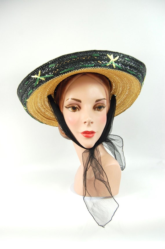 1950s Kitschy Straw Sun Hat / Wide Brimmed Natura… - image 1