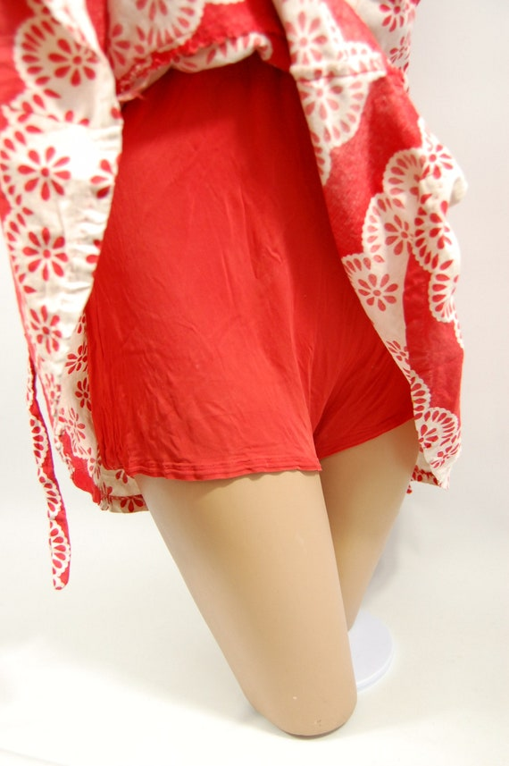 40s Red White Patterned Cotton Playsuit / / 40s B… - image 9