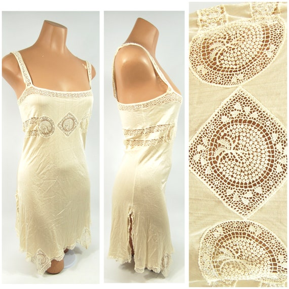 1920s Ivory Silk Slip / 32 - 34 Bust / Tatted lace