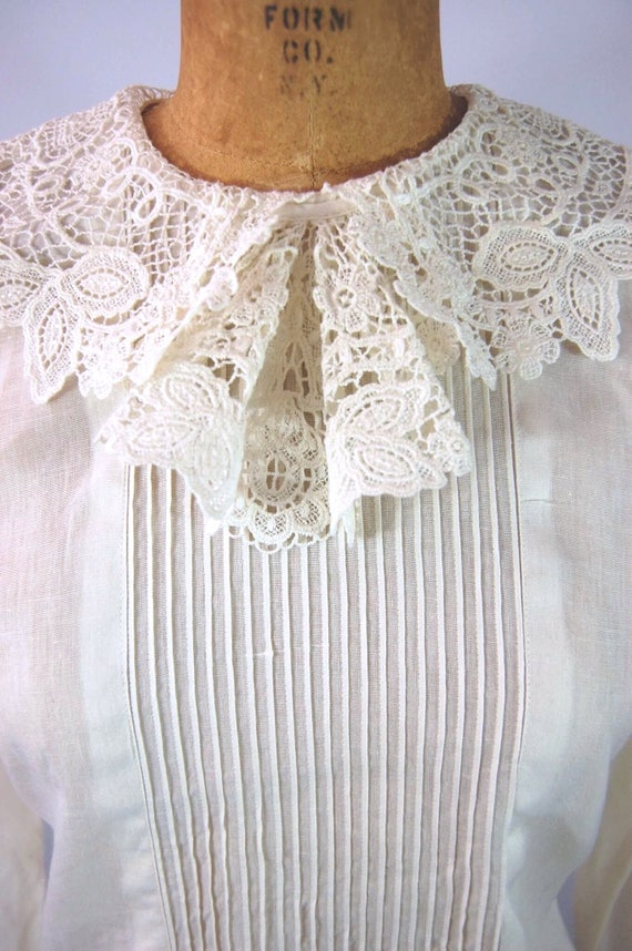 30s White Cotton Blouse // 34 Bust // 40s Ruffled… - image 2