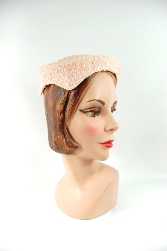 1950s Pink Hat / Face Framing Small Brimmed Hat P… - image 4