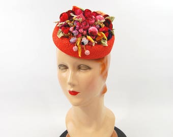1950s Fruit Salad Hat - Chenille Clusters - Small Brimless Pillbox Tilt Hat - 50s Orange and Red - Orange Straw - Colorful