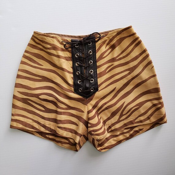 Early 1970s Suede Tiger Hot Pants / 24 - 25 waist