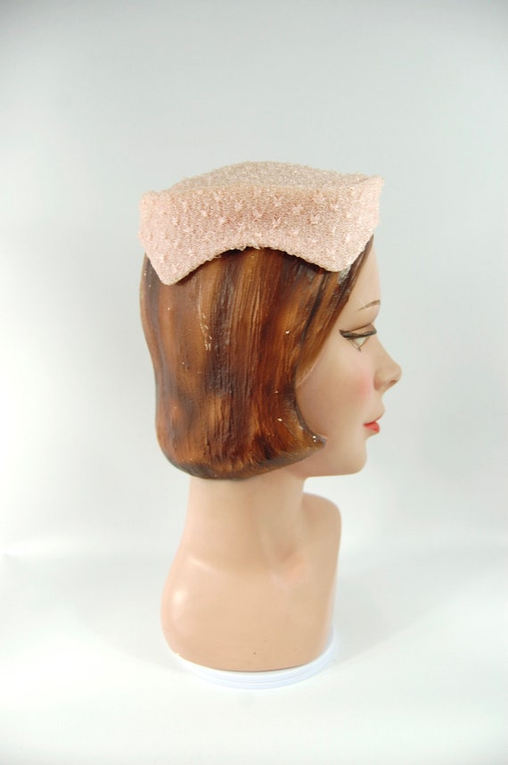1950s Pink Hat / Face Framing Small Brimmed Hat P… - image 5