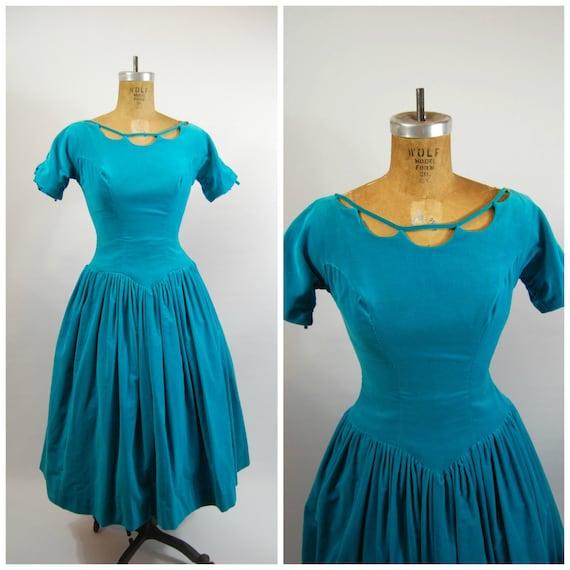 50s Velvet Party Dress // 25 Waist // Full Skirt 5