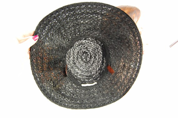 50s 60s Black Straw Wide Brimmed Hat / Black Summ… - image 9