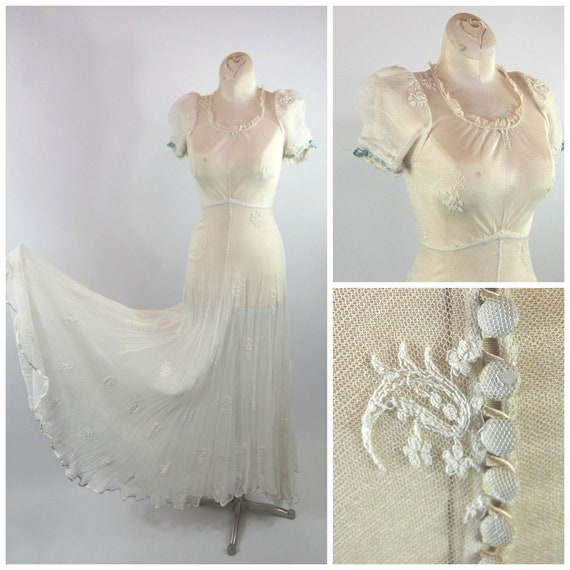 1930s White Lace Gown - Full Skirt Puffed Sleeves