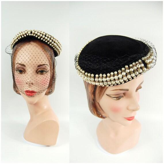 1950s Black Velvet and Pearl Pillbox Hat / Carson