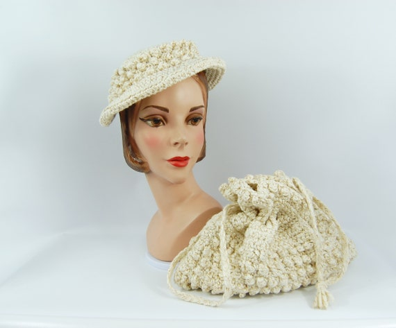 1950s Knit Purse and Hat Set Ivory and gold - Matc