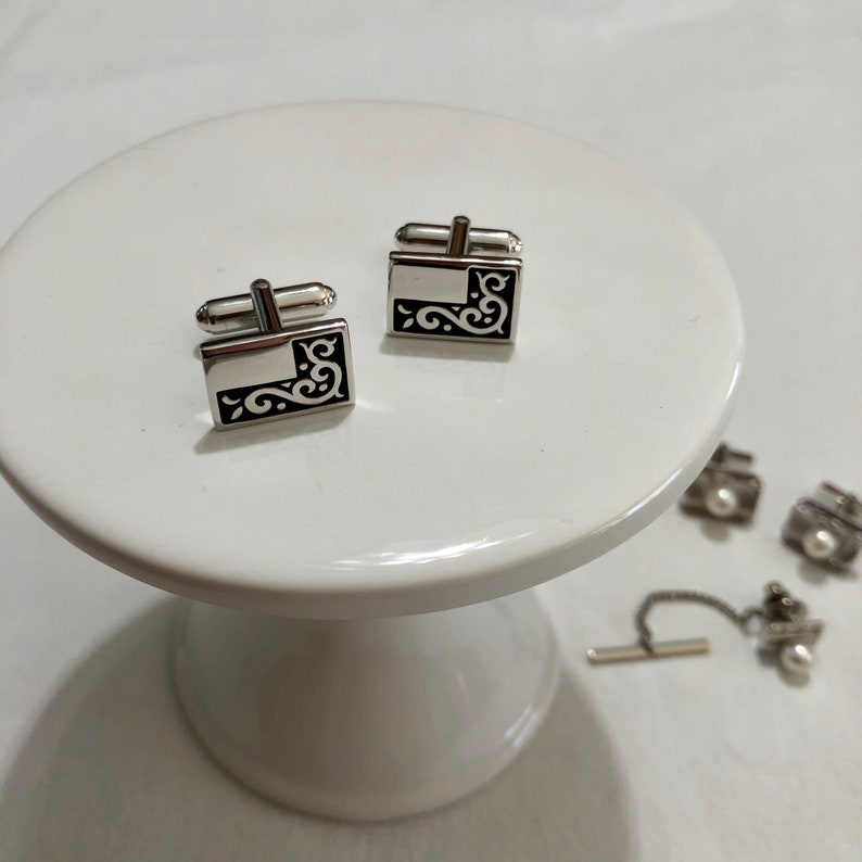 Cuff Links and Tie Tack Lot Lot of 3 Sets of Cuff Links Vintage Cuff Links