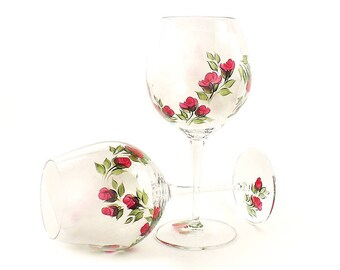2 Hand Painted CRYSTAL Red Wine Glasses - Classic Red Rose Buds - Elegant Wine Glasses, Birthday Gift for Her, Classy Wine Gifts