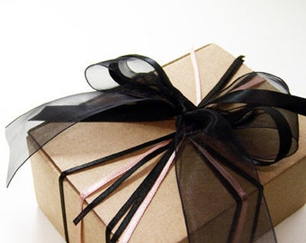 5 big boxes in Kraft , White
