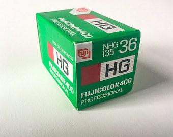SALE - Fujicolor HG 400 135 36 exposure film - EXPIRED - color negative film, 35mm film