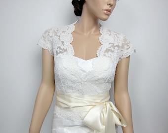 Lace bolero, wedding jacket, bridal bolero, wedding bolero, bridal shrug, ivory alencon lace, front open