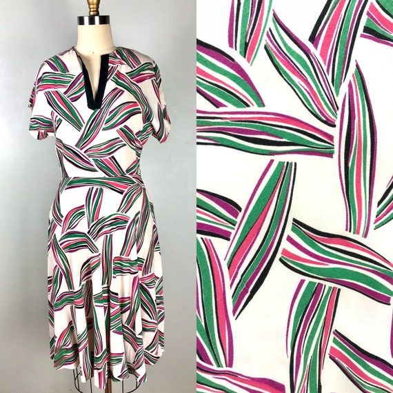 Vintage 1940s Abstract Tropical Print Summer Dress