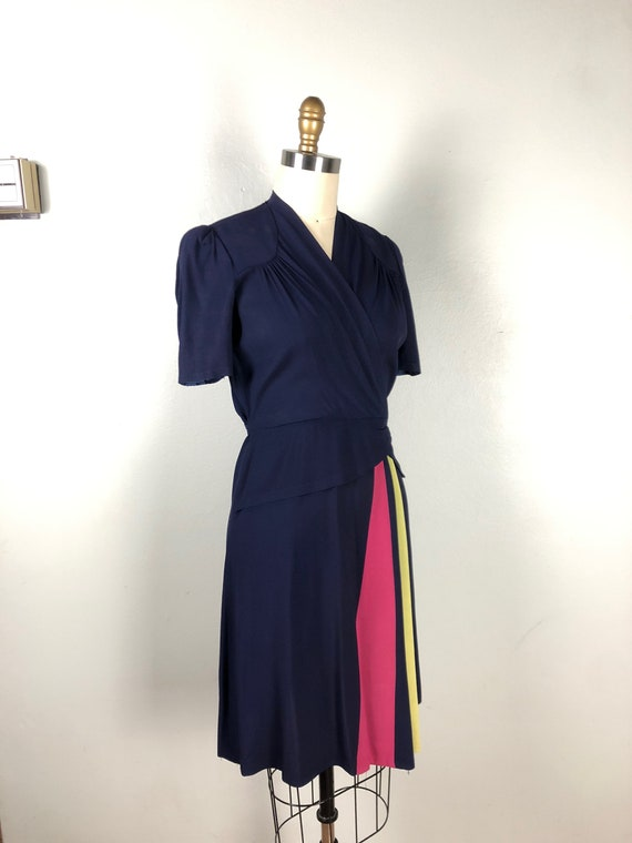 Vintage 1940s Color Block Dress Flirty Swing Dres… - image 6