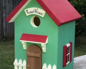 Tweet Haven Birdhouse