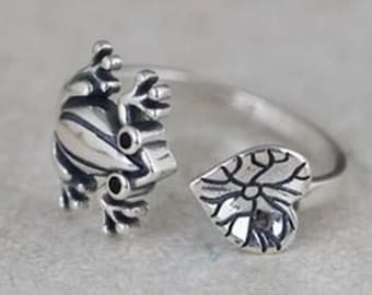 Retro Frog Ring with Lotus Leaf Lily Pad Stainless Steel Adjustable
