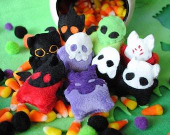 Random Pocket Familiars   Custom Tiny Monster Plush   Cute Spooky Demon Plushie