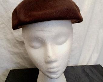 ca7fce7b6ab Vintage 1940 s Brown Fur Felt Structure Beret Hat