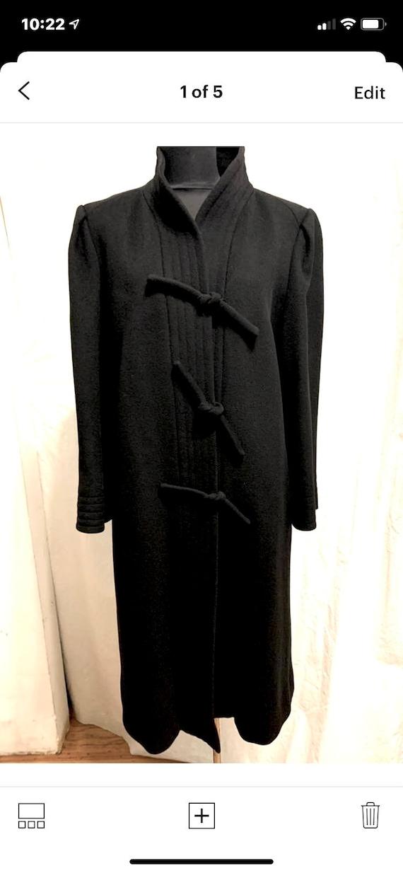 Vintage 1980s Pauline Trigere Black Wool Coat Size