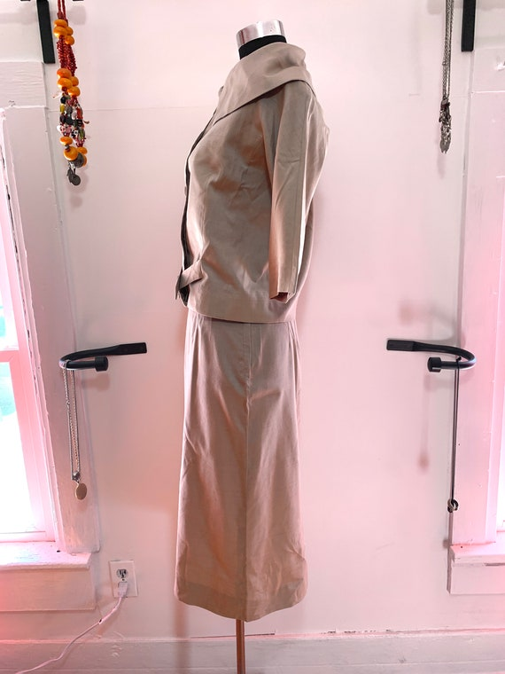 Vintage 60s Tailored Suit SZ 4 by Miss T.J MINT Condition