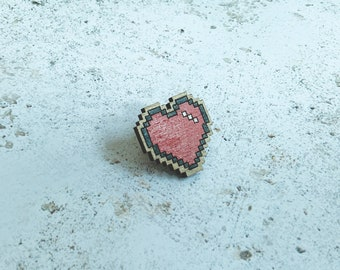 Pixel Heart Wooden Pin - 8 Bit Heart Isolation Gift for Computer Pogrammer - Retro Gaming Backpack Pin - Computer Games Geeky Gift