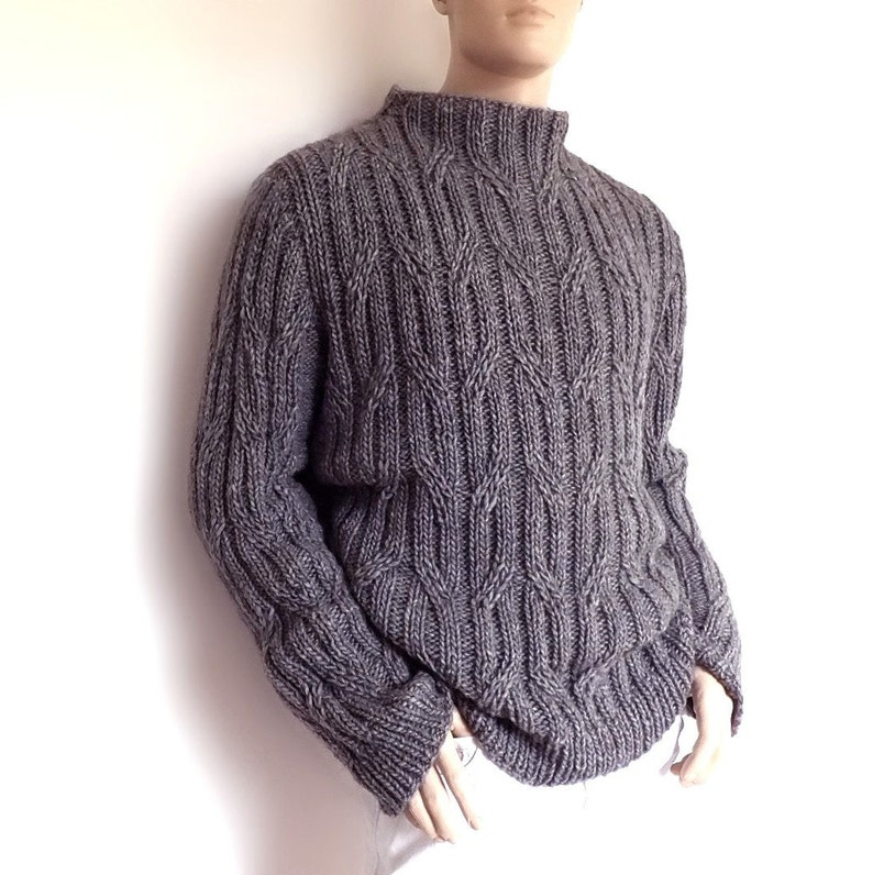 353f3370283e6d Men's sweater Chunky Knit Gray cabled pullover Smocked | Etsy