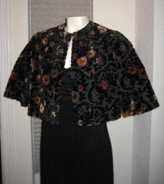 60s Cropped Velvet Tapestry Jacket Vintage