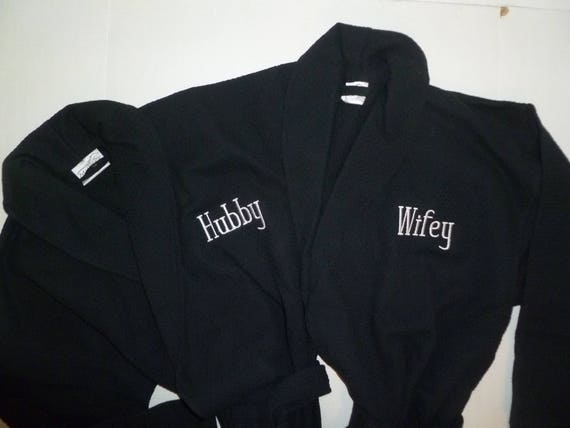 2 Personalized Hubby and Wifey Robes Set of 2 Embroidered  90a1153c1