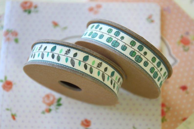 Square Cream Spring Ribbon
