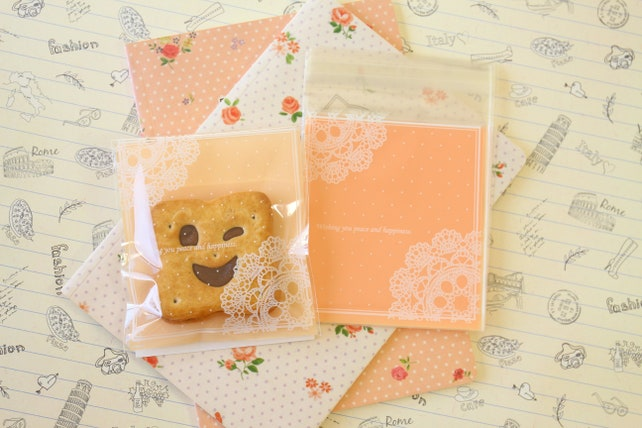 Lace Doily Dots cellophane cookie bags sweets bags