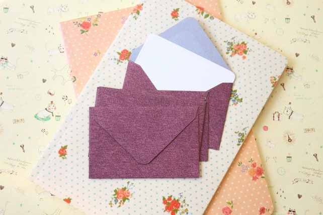 Amaranth Purple textured mini envelopes and note cards