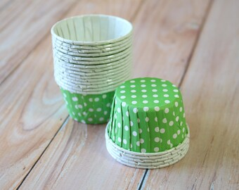 Green Polka Dots paper Candy Cups partyware