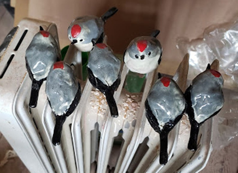 Stoneware RUBY CROWNED KINGLET