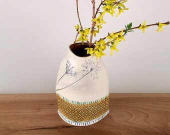 Large Flower Vase with Queen Anne's Lace Imprint