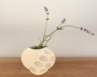 Round Modern Vase