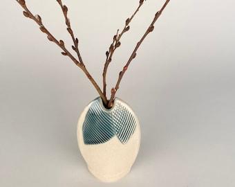 Mini Modern flower bud vase