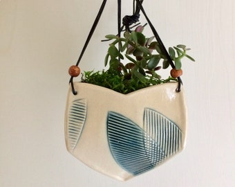Triangular Hanging Planter